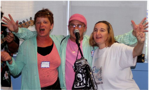 BIST members do karaoke