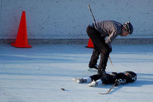 Injured hockey player